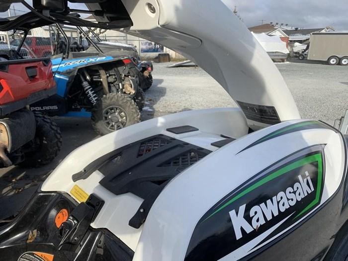 2017 Kawasaki Jet Ski® SX-R Photo 6 of 11