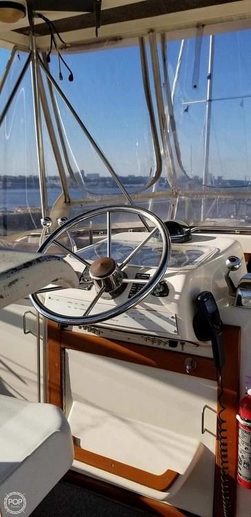 1988 Ocean Yachts 38 Super Sport Photo 2 sur 21