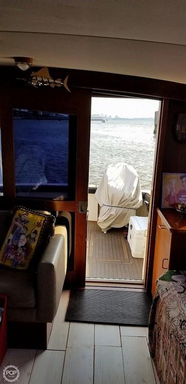 1988 Ocean Yachts 38 Super Sport Photo 8 sur 21