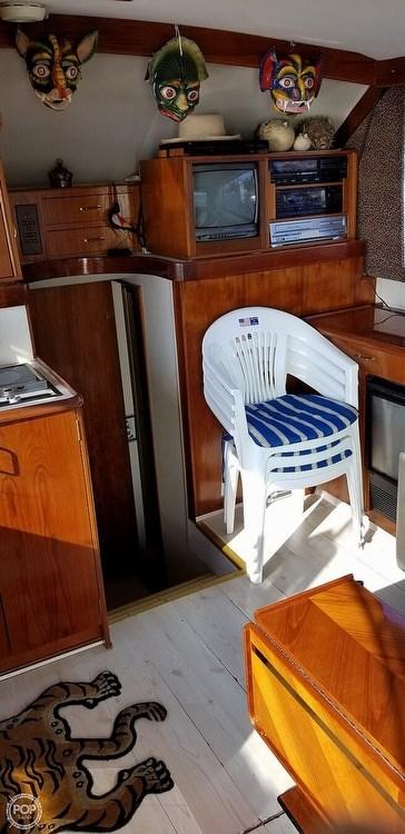 1988 Ocean Yachts 38 Super Sport Photo 9 sur 21