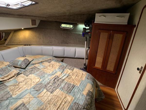 1984 Bayliner 3870 Photo 72 sur 99
