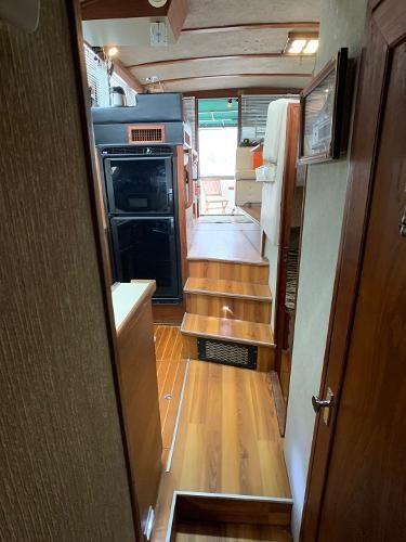 1984 Bayliner 3870 Photo 79 sur 99