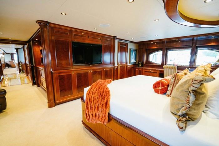 2010 Richmond Yachts Tri-Deck Motor Yacht Photo 21 of 74