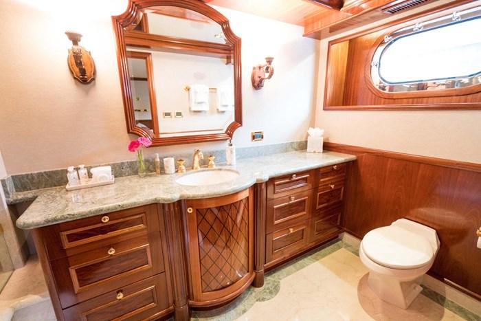 2010 Richmond Yachts Tri-Deck Motor Yacht Photo 31 of 74