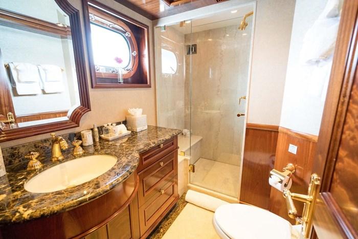 2010 Richmond Yachts Tri-Deck Motor Yacht Photo 35 of 74