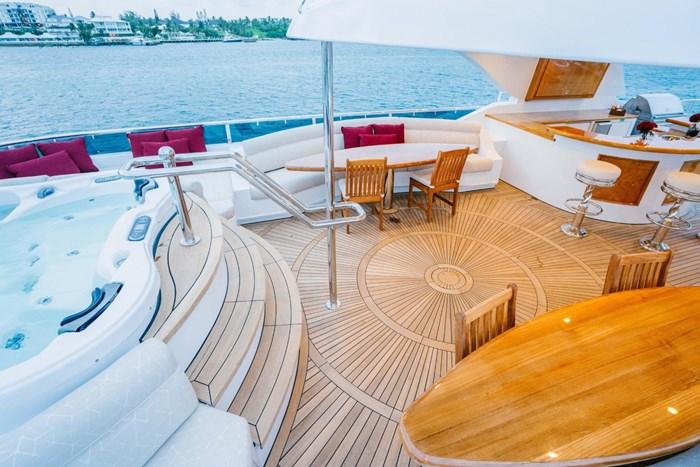 2010 Richmond Yachts Tri-Deck Motor Yacht Photo 54 of 74