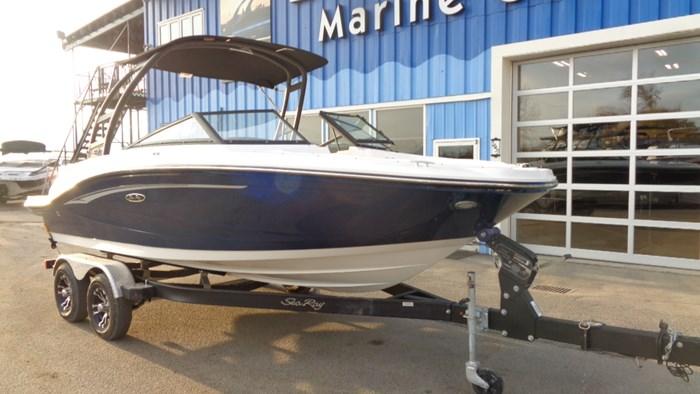 2020 Sea Ray SPX 190 Photo 3 sur 42