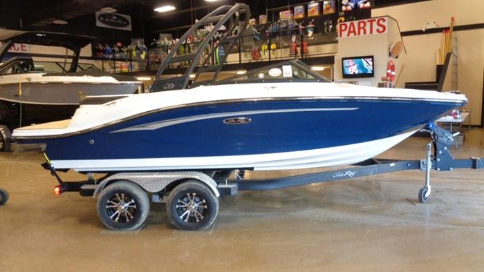 2020 Sea Ray SPX 190 Photo 38 sur 42