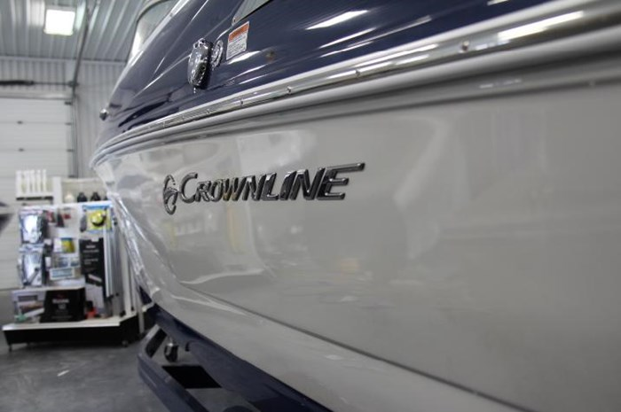 2020 Crownline 205 SS Photo 10 of 17