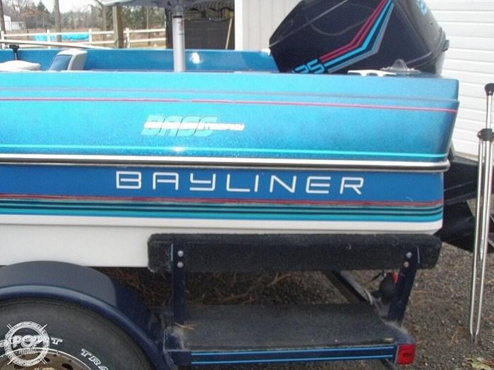 1988 Bayliner Bass Trophy 1810 Fish & Ski Photo 6 sur 20