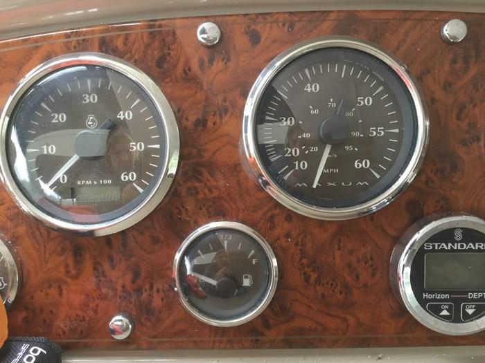 2002 Maxum 3100SCR Photo 10 of 10