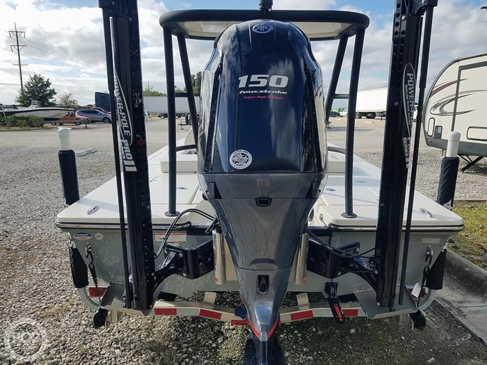 2019 Hewes Redfisher 18 Photo 6 sur 20