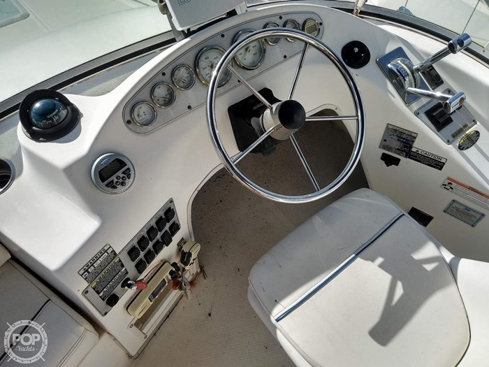 2008 Bayliner 288 Discovery Flybridge Photo 11 sur 20