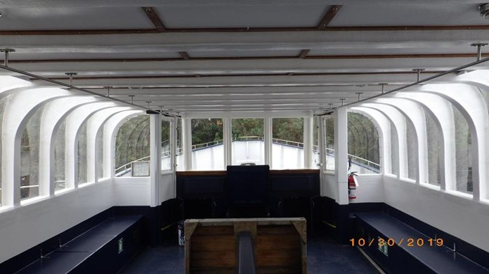 1997 48'6 x 16' GRP Passenger Vessel - Also Available for Lease Photo 9 sur 37