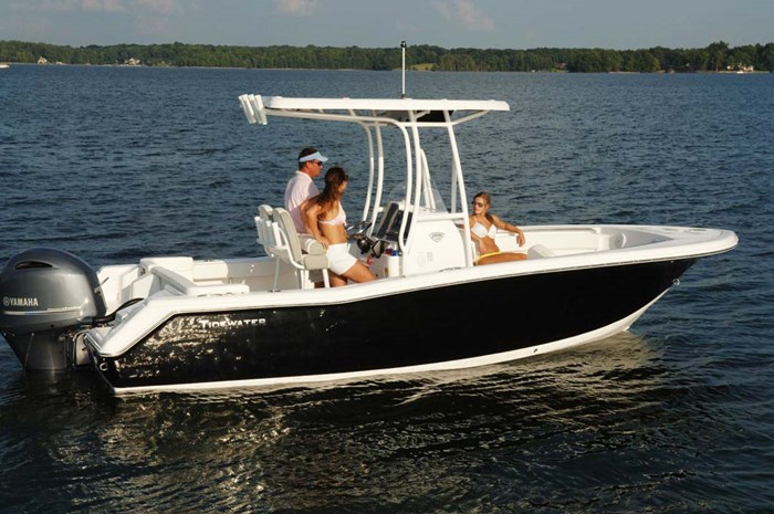 2020 Tidewater 220 LXF Photo 3 of 7