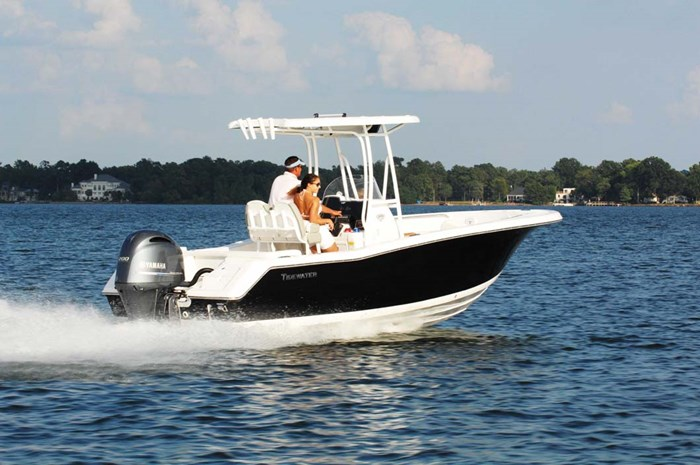 2020 Tidewater 220 LXF Photo 5 of 7