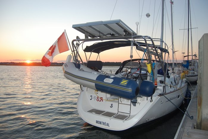 2006 Beneteau Oceanis 423 Photo 9 sur 28