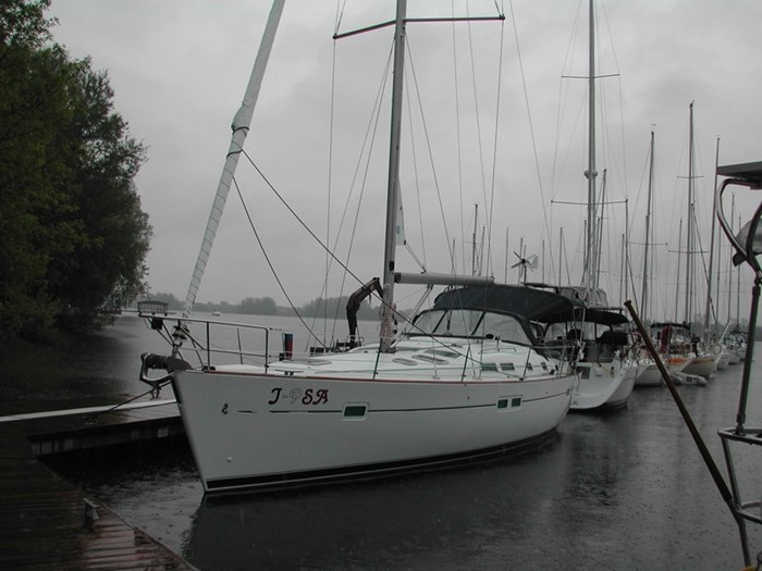 2006 Beneteau Oceanis 423 Photo 6 sur 28