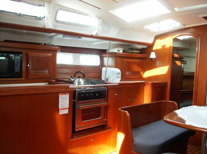 2006 Beneteau Oceanis 423 Photo 25 sur 28
