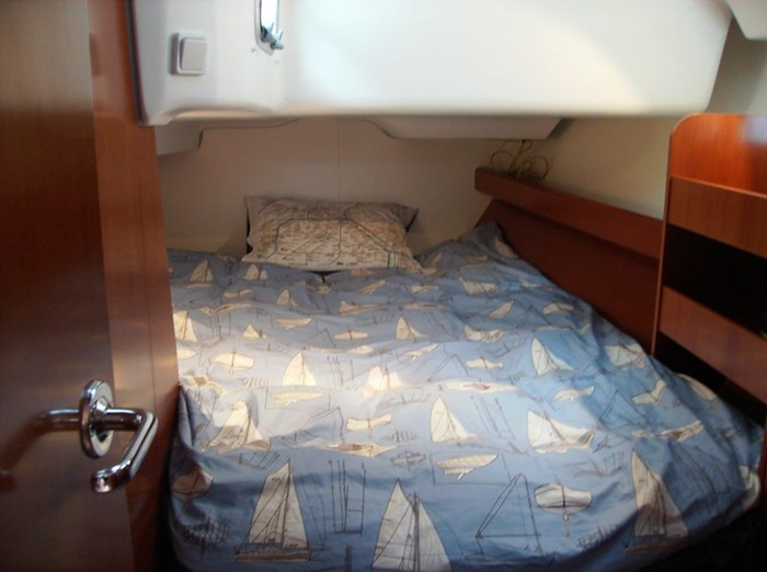 2006 Beneteau Oceanis 423 Photo 26 sur 28