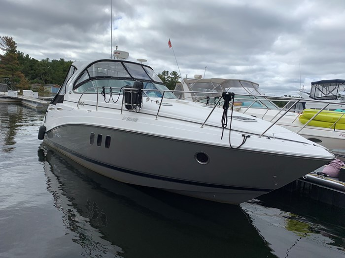 2011 Rinker 360 Express Cruiser Photo 4 of 41