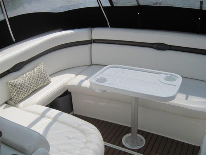 2011 Rinker 360 Express Cruiser Photo 19 of 41
