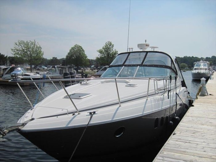 2011 Rinker 360 Express Cruiser Photo 8 of 41