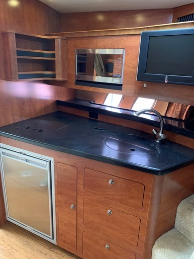 2011 Rinker 360 Express Cruiser Photo 26 of 41