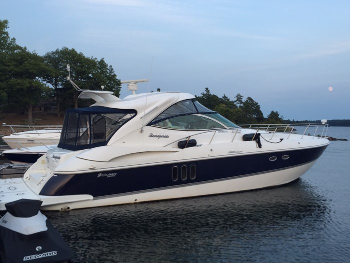 2008 Cruisers Yachts 520 Express Photo 1 sur 38