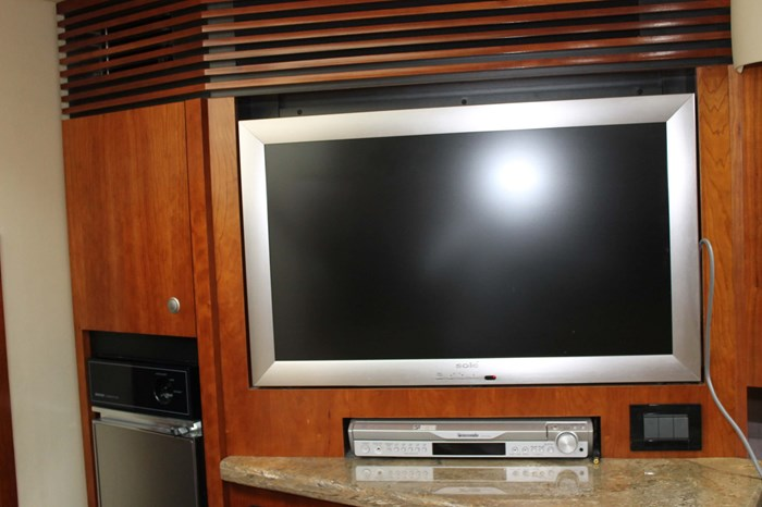 2008 Cruisers Yachts 520 Express Photo 16 sur 38