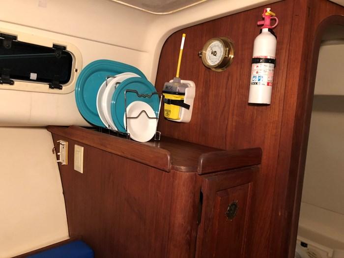 1999 Mainship Pilot 30 Photo 39 of 42
