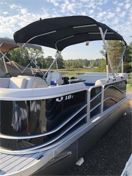 2019 SunCatcher Pontoons by G3 Boats V18 C Photo 1 sur 4