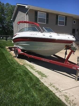 2008 Crownline 240LS Photo 12 sur 13