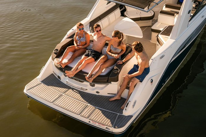 2016 Sea Ray SLX 310 Photo 6 of 27