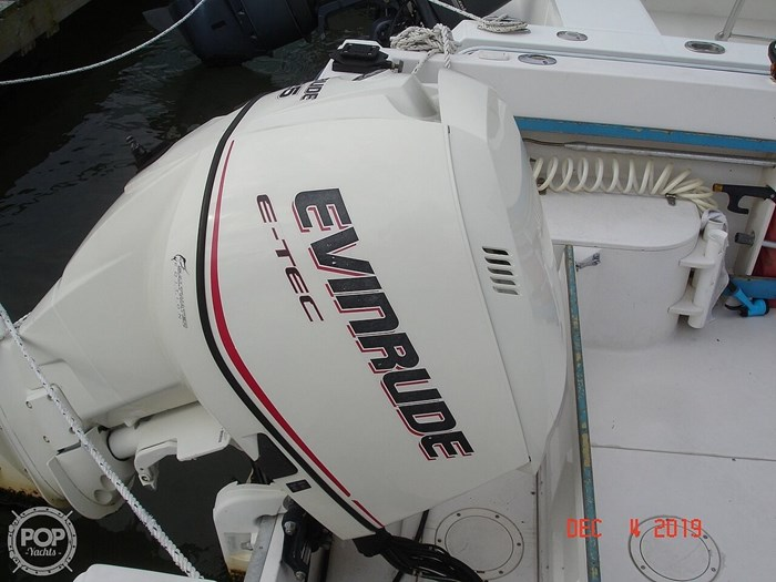 1990 Grady-White 240 Offshore Photo 17 sur 20