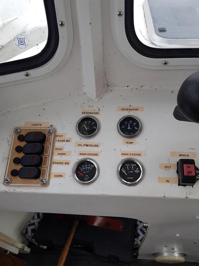 1982 37' x 11' Trawler Steel and Aluminum Photo 13 sur 37