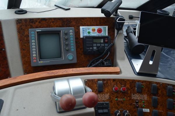 1998 Bayliner 4788 Pilot House Motoryacht Photo 15 of 35