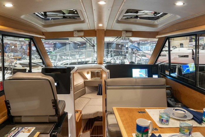 2020 CUTWATER C28 LUXURY EDITION Photo 5 of 7