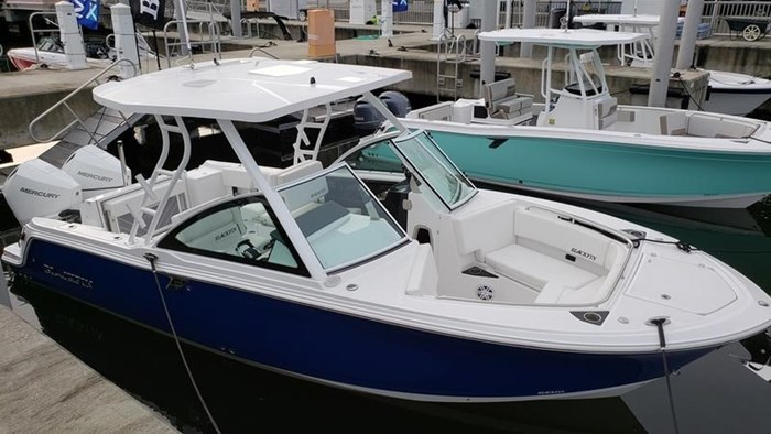 2020 Blackfin 242DC Dual Console Photo 2 of 28