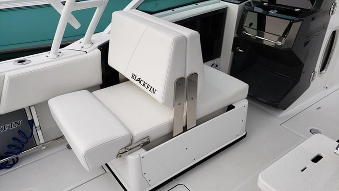 2020 Blackfin 242DC Dual Console Photo 12 of 28