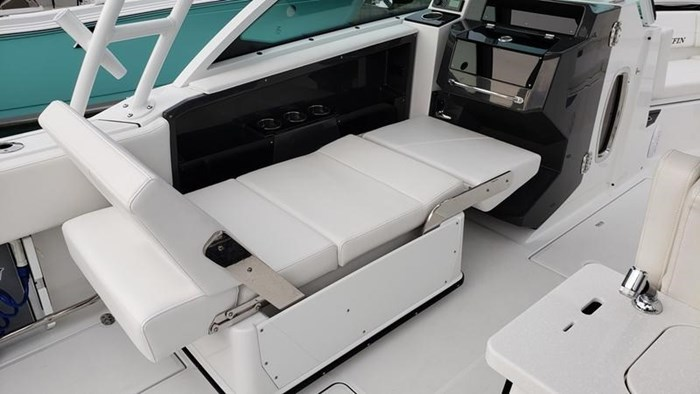 2020 Blackfin 242DC Dual Console Photo 14 of 28