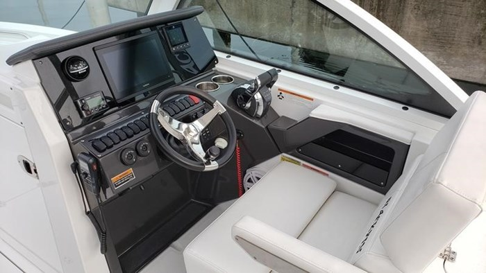 2020 Blackfin 242DC Dual Console Photo 17 of 28