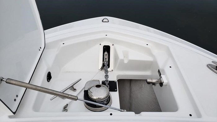 2020 Blackfin 242DC Dual Console Photo 24 of 28