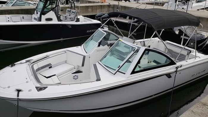 2020 Blackfin 242DC Dual Console Photo 25 of 28