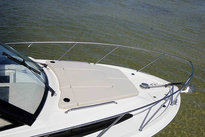 2020 Boston Whaler 325 Conquest Photo 9 of 9