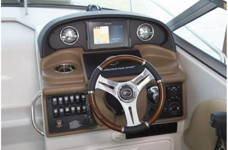 2020 Crownline 264 CR Photo 9 of 17