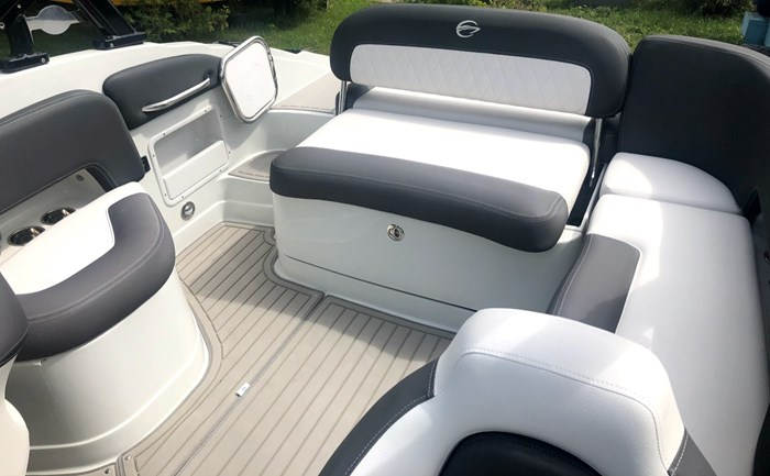 2020 Crownline E235 Surf Photo 20 of 26
