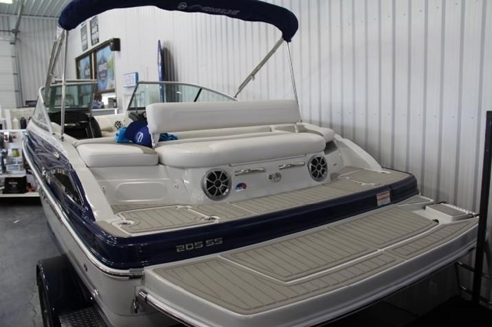 2020 Crownline 205 SS Photo 2 of 17