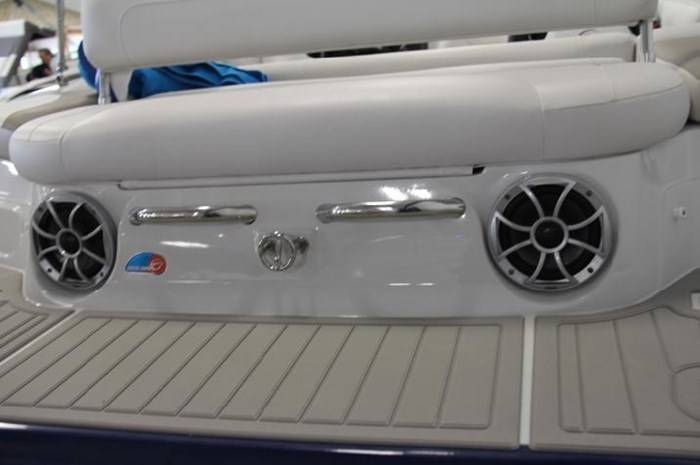 2020 Crownline 205 SS Photo 11 of 17
