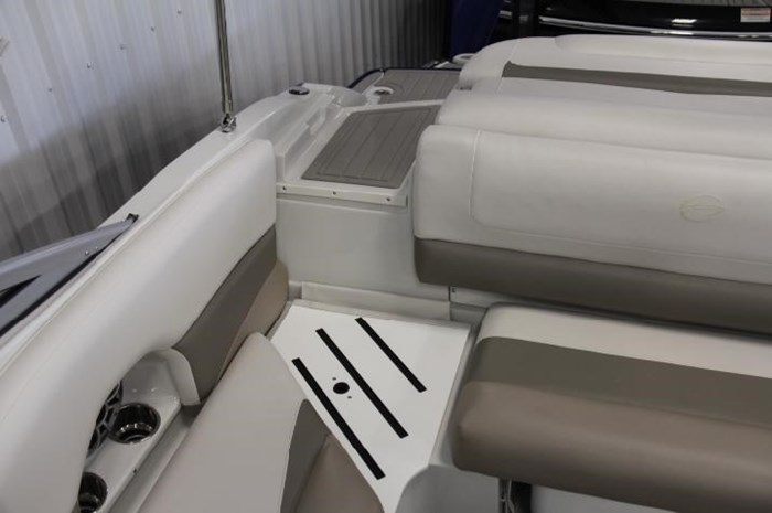 2020 Crownline 205 SS Photo 16 of 17